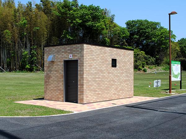 公園トイレ